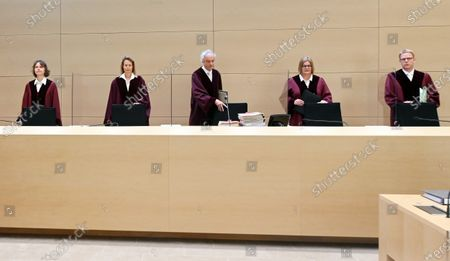 The 6th Civil Senate at the Federal Court of Justice (BGH), (L-R) Stefanie Roloff, Vera von Pentz, Stephan Seiters (Chairman), Christiane Oehler and Oliver Klein, opens the hearing on a lawsuit against the car manufacturer Volkswagen in the diesel scandal at the Federal Supreme Court (BGH) in Karlsruhe, Germany, 05 May 2020. The 6th Civil Senate is hearing a lawsuit against the car manufacturer VW in the diesel scandal about compensation for damages for manipulated diesel vehicles. The plaintiff Herbert Gilbert wants to return the used car he bought in 2014 to Volkswagen and be reimbursed the full price of around 31,500 euros.
