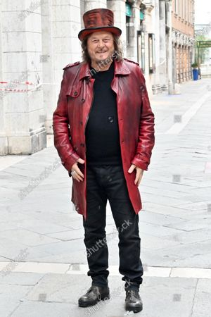 Piazza San Marco closed, from 16.30 to 21.30 on Saturday 2 May for the shooting of a promotional and communication video by Zucchero Fornaciari. l of La Misericordia. In the summer of 2018 - it seems an era ago - he had held a concert right in Piazza San Marco.
