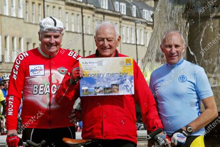 Left to right David DUFFIELD TV Speaker, Dr Alex MOULTON (84yrs) Inventor Moulton Bicycle and Transverse engine, plus articulted bus / train in Bath May 2004 awarded Honary Member CTC by CTC President PHIL LIGGETT Tv Speaker.