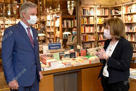 King Philippe - Filip of Belgium (wearing a mask) pictured inside Tropismes library during a royal visit to several shops on and near the Grasmarkt - Marche aux Herbes, in the city center of Brussels, Sunday 10 May 2020. These shops were severely touched by the lockdown measures taken to prevent the spreading of the Corona Virus. As from Monday 11 May, Belgium enters a new phase in the Exit Strategy. All shops can reopen, taking into account several safety measures, for example regarding social distancing.
