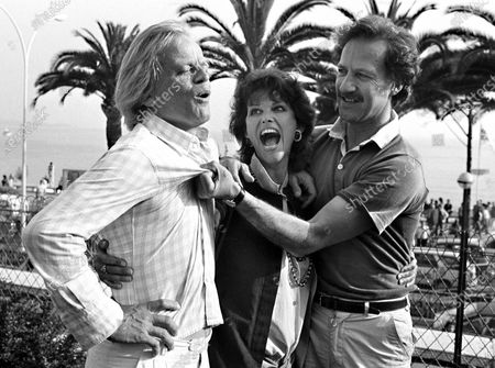 "Actors Klaus Kinski, I Claudia Cardinal and German director Werner Herzog pose at the Cannes Film Festival, Cannes, France, for the presentation of the German entry of ""Fitzcarraldo"