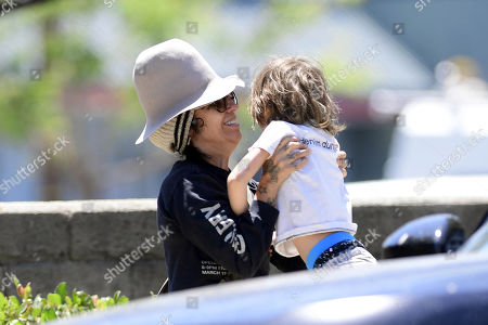 Editorial photo of Linda Perry and Sara Gilbert out and about, Los Angeles, USA - 11 May 2020