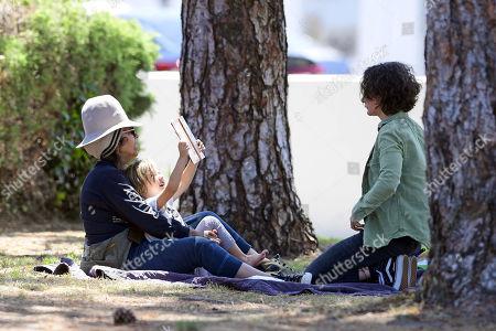 Linda Perry, Sara Gilbert and son Rhodes Gilbert Perry