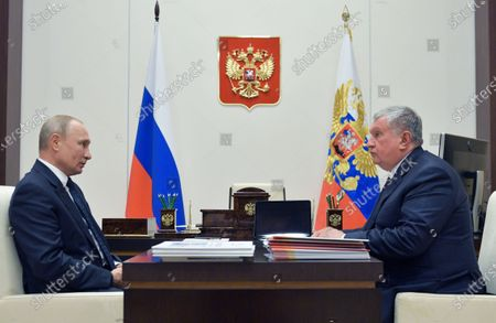 Russian President Vladimir Putin (L) meets with Rosneft CEO Igor Sechin (R)  at the Novo-Ogaryovo state residence outside Moscow, Russia, 12 May 2020.
