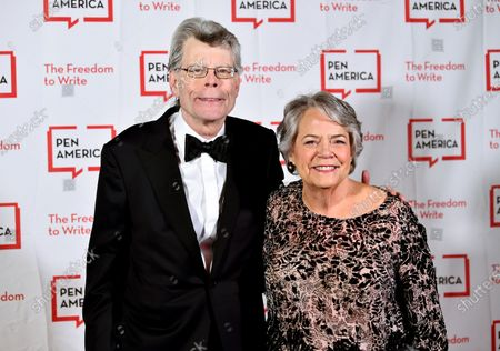 Literary service award recipient Stephen King, left, and Simon & Schuster president Carolyn Reidy at the 2018 PEN Literary Gala in New York. Reidy died of a heart attack on Tuesday morning, May 12, 2020. She was 71. Her death was announced by company executive Dennis Eulau