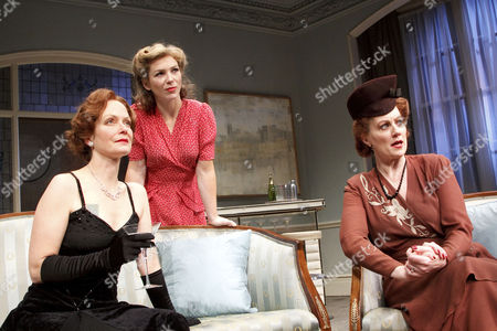 l-r: Jenny Seagrove (Ann Prentice), Honeysuckle Weeks (Sarah Prentice), Tracey Childs (Dame Laura)