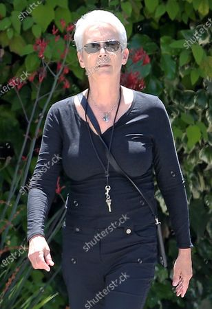 Stock Picture of Jamie Lee Curtis goes for a walk during quarantine