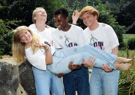 Andy Crane, Andi Peters and Simon Parkin with Stephanie Lowe 1989