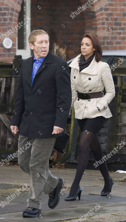 Maxine Hardcastle 23 arrives at Hove Crown Court with her father Paul Hardcastle.