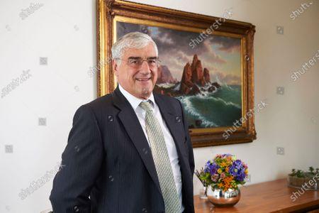 Sir Michael Hintze