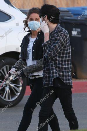 Kate Beckinsale and boyfriend Goody Grace take a stroll during Quarantine