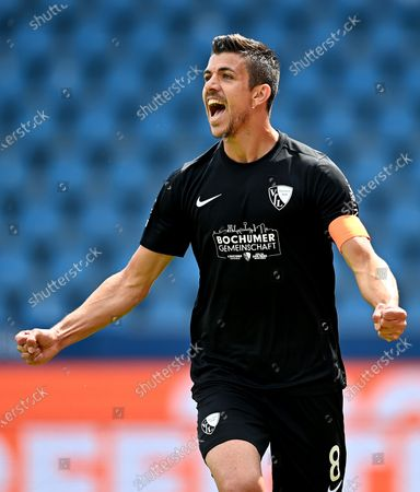 Anthony Losilla of Bochum celebrates scoring the opening goal during the German Bundesliga Second Division soccer match between VfL Bochum 1848 and 1. FC Heidenheim 1846 at Vonovia Ruhrstadion in Bochum, Germany, 16 May 2020. The Bundesliga and Second Bundesliga are the first professional leagues to resume the season after the nationwide lockdown due to the ongoing Coronavirus (COVID-19) pandemic. All matches until the end of the season will be played behind closed doors.