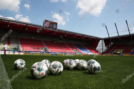 A general view of footballs before the Second Bundesliga match between SSV Jahn Regensburg and Holstein Kiel at Continental Arena in Regensburg, Germany, 16 May 2020. The Bundesliga and Second Bundesliga are the first professional leagues to resume the season after the nationwide lockdown due to the ongoing Coronavirus (COVID-19) pandemic. All matches until the end of the season will be played behind closed doors.