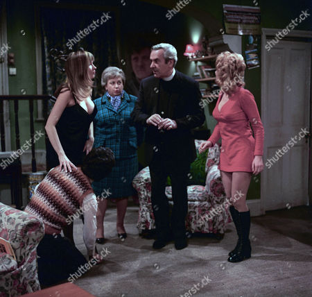 'Dear Mother.....Love Albert' TV Series - 1969 - 1972 Mary Land, Amelia Bayntun as Ada Bissell, John Le Mesurier and Luan Peters as Leslie Willis.