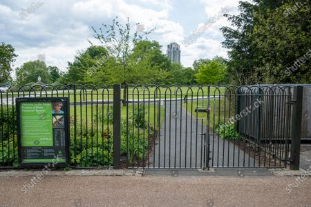 The Diana, Princess of Wales memorial Fountain is still closed in Hyde Park. The government relaxed the law on the Covid-19 lockdown. It allows people to spend more time outdoors whilst following social distancing.