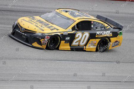 Erik Jones (20) drives during the NASCAR Cup Series auto race, in Darlington, S.C