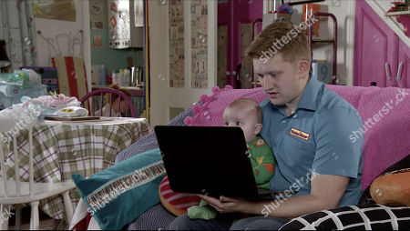 Ep 10067 Wednesday 27th May 2020 Chesney Brown, as played by Sam Aston, urges Gemma Winter to share her vlog online but she refuses. However when Bryn knocks a key on the laptop it goes live.