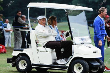 Howard Keel playing golf c.1990