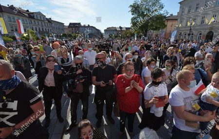 Residents of Wadowice participate in action '100 pigeons for the century' during the celebrations the 100th birth anniversary of the Pope John Paul II in Wadowice, Poland, 18 May 2020. Pope John Paul II was born as Karol Jozef Wojtyla on 18 May 1920 in Wadowice. He was head of the Catholic Church and sovereign of the Vatican City State from 1978 to 2005, and canonised on 27 April 2014.