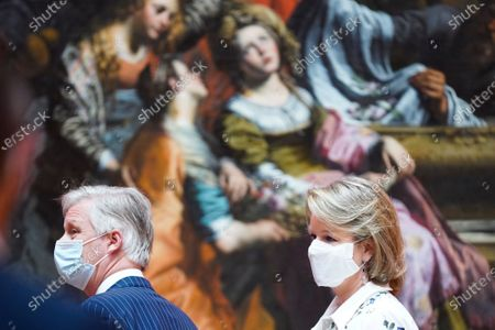 Belgium Queen Mathilde (R) and Belgium King Philippe wear face masks during a visit of the Royal Museum of Fine Arts of Belgium at the first day of re-opening amid the coronavirus crisis in Brussels, Belgium, 19 May 2020. Belgium eased lockdown measures in place to curb the spread of the COVID-19 pandemic, caused by the novel coronavirus.