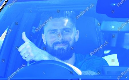 Chelsea's Olivier Giroud leaves training in London, Britain, 19 May 2020. English Premier League clubs resumed training activities in small groups as Britain's lockdown eases amid the ongoing SARS-CoV-2 coronavirus pandemic which causes the COVID-19 disease.