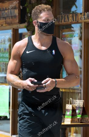 Exclusive - Blake Griffin out and about in Brentwood