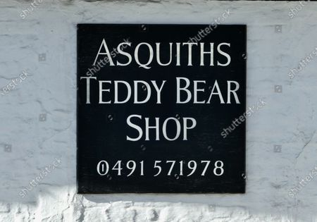 Asquiths world famous teddy bear shop where Brad Pitt has been known to shop remains closed