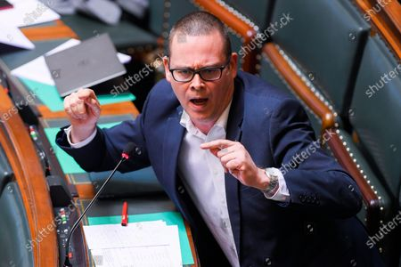 PVDA/PTB's Raoul Hedebouw pictured during a plenary session of the Chamber at the Federal Parliament in Brussels, Wednesday 20 May 2020. Due to the social distancing rules in the ongoing coronavirus crisis, only a restricted number of parliament members is present during the session.
