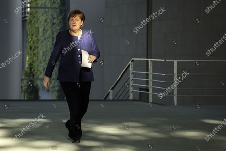 German Chancellor Angela Merkel arrives to hold a press conference at the chancellery in Berlin, Germany, 20 May 2020. Chancellor Merkel informed about a video conference held with the chairs of international economic and financial organizations, aim to address issues caused by the spread of the coronavirus SARS-CoV-2 which causes the COVID-19 disease.