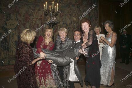 Cilla Black, Elaine Page, Lesley Garrett, Cliff Richard, Gloria Hunniford, Sue Parker and Virginia Wade