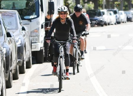 Editorial photo of Goldie Hawn and Kurt Russell out and about, Los Angeles, USA - 21 May 2020
