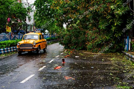 Amphan Cyclone effectively made a landfall in Kolkata in late afternoon lasted for four hours with approximately two hours of extremely wind blow at the speed of 133 km per hour. Officially reported seventy two deaths decides.  Forcing the life of living at the standstill with no mobile and internet network connectivity.