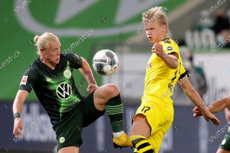 Wolfsburg v Borussia Dortmund