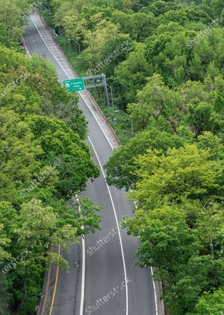 Stock Image of Virtually empty Henry Hudson Parkway during Memorial Day in NYC amid COVID-19 pandemic