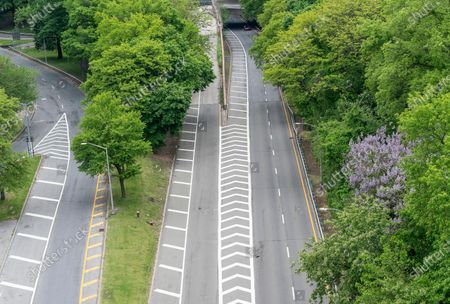 Stock Photo of Virtually empty Henry Hudson Parkway during Memorial Day in NYC amid COVID-19 pandemic
