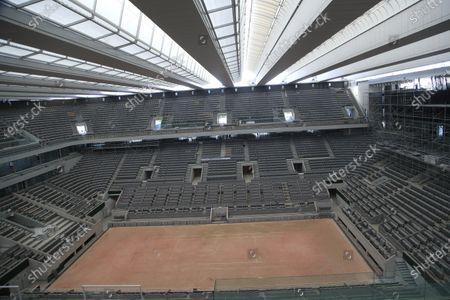 General view of the Philippe-Chatrier tennis court with its new retractable roof during a media tour at Roland Garros stadium in Paris, . The French open will moving to September from the end of May because of the outbreak of the COVID-19 disease