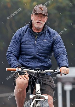 Arnold Schwarzenegger goes for a bike ride, Los Angeles