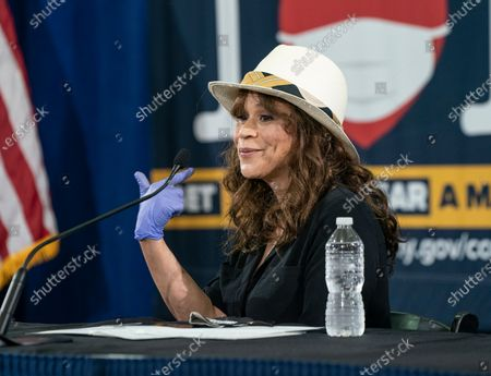 Rosie Perez attends Governor Cuomo announcement and briefing on COVID-19 response at Madison Square Boys and Girls Club