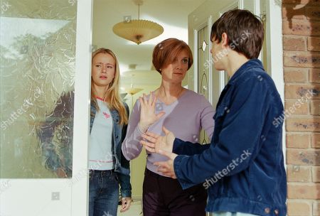 Ep 3221 Monday 15th July 2002 Andy sets off for Macclesfield to find Katie, who is staying with her mother. His hopes of reconciliation are promptly dashed, as Caroline refuses to let him see her daughter, insisting that Katie never wants to see him again. Andy insists he won't give up as Katie appears at the doorway. With Katie Addyman, as played by Sammy Winward ; Andy Sugden, as played by Kelvin Fletcher ; Caroline Kershaw, as played by Daryl Fishwick.