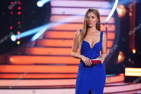 Stock Photo of BU: Moderatorin Victoria Swarovski.