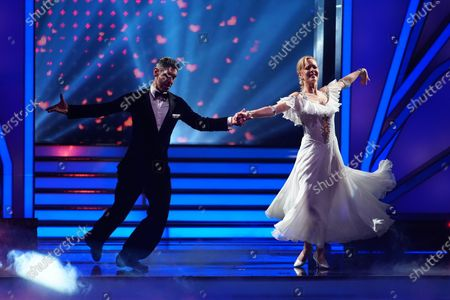 Stock Picture of Isabel Edvardsson and Marcus Weiss.