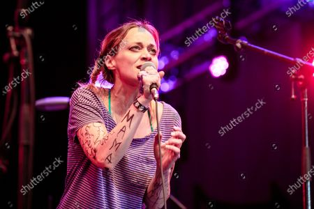 Fiona Apple joins the Watkins Family Hour band for Bob Dylan's 'Highway 61 Revisited' at Lincoln Center Out of Doors