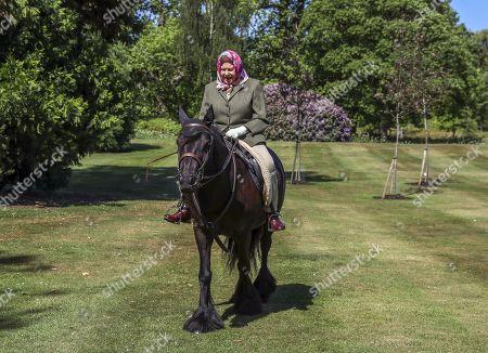 Queen Elizabeth II riding, Windsor Castle
