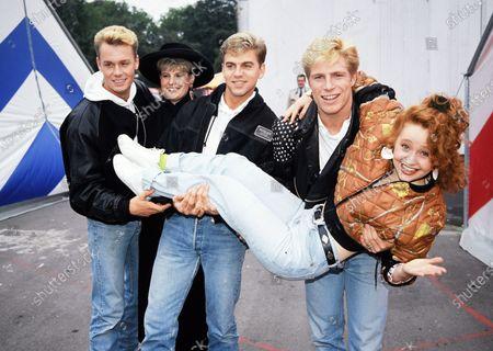 Big Fun - Phil Creswick, Jason John and Mark Gillespie with Hazel Dean and Sonia - 1989