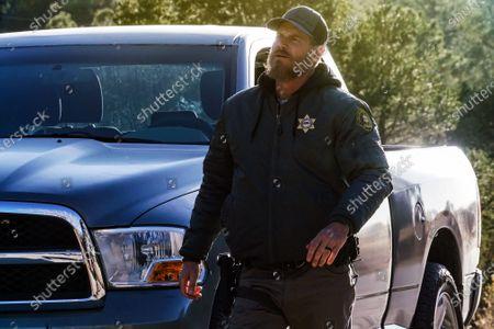 Brian Van Holt as Detective Cade Ward