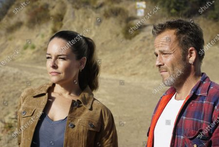 Stock Image of Yara Martinez as Dr. Paula Reyes and Stephen Dorff as Sheriff Bill Hollister