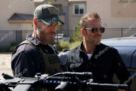 Stock Image of Brian Van Holt as Detective Cade Ward and Stephen Dorff as Sheriff Bill Hollister