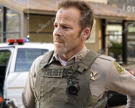 Stephen Dorff as Sheriff Bill Hollister