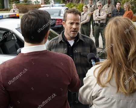 Stock Picture of Stephen Dorff as Sheriff Bill Hollister