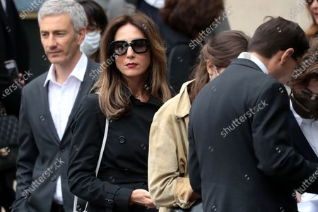 Elsa Zylberstein (C) attends the funeral ceremony of the French actor Guy Bedos at the Church of Saint-Germain-des-Pres in Paris, France, 04 June 2020. Bedos died at the age of 85 in Paris on 28 May 2020.